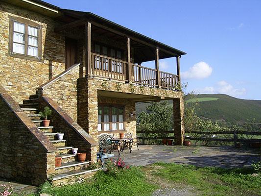 exterior casa rural los oscos